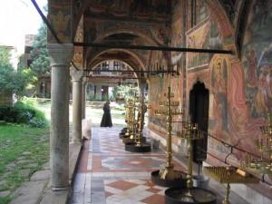 Eglise ste vierge troyan monastere-e1459509396626